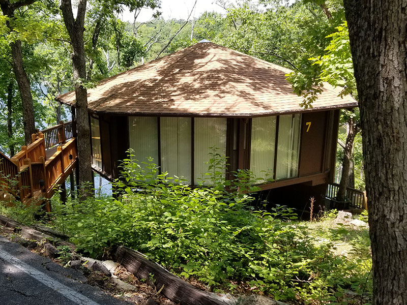 Private Treetop Villa lake of the ozarks
